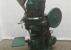 Stokes Model D3 16 Station Tablet Press