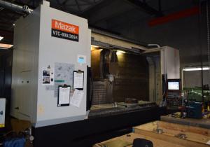 Mazak VTC 800 - 30 SR high speed machining center