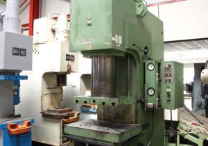 WMW PYE 250 SS c-frame press