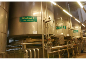 23.000 litre Whirlpool/ Storage Tanks vertical, with Isolation