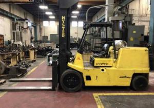 18,000 Lb Capacity Hyster Forklift