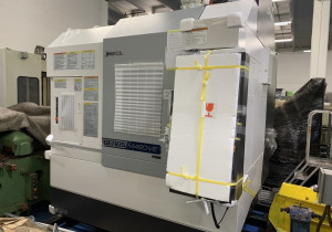 Genos M460-VE CNC Vertical Machining Center