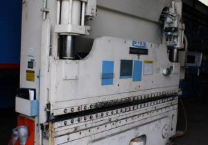 Presse-plieuse hydraulique Cincinnati Autoform 90 tonnes x 10 pi