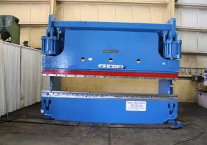 Presse-plieuse hydraulique Cincinnati 350 tonnes X 14 pi