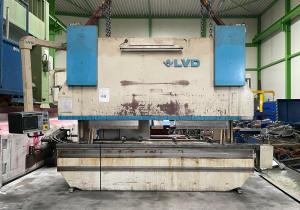 Press brake LVD - PPEB 220/40 MNC95 CNC Hydraulic 4000 x 220 Ton mm 6409