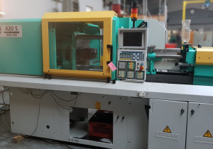 Arburg 420S-800-150 + robot Multilift Injection moulding machine