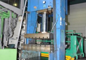 Lagan 250 A metal press