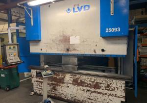 LVD PPEB 135-30 Press brake cnc/nc