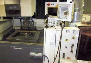 MITSUBISHI QA 20 Wire cutting edm machine
