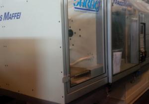Krauss Maffei KM 280/1400 C3 Injection moulding machine