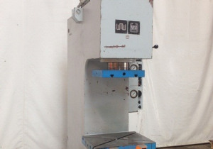 WMW - Zeulenroda PYE 100 S/1M Hydr. c-frame deepdraw press