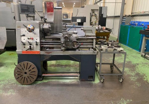 Colchester Student 1800 lathe