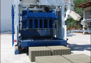 Movable concrete block machine SUMAB E-12 SWEDEN