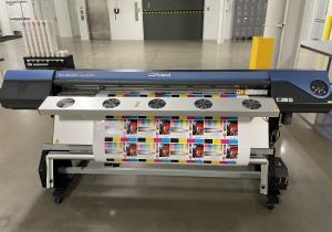 Roland VS-640 (2013)  Large Format Digital Printer