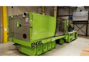 Machine de moulage par injection plastique Engel 610 tonnes 2005