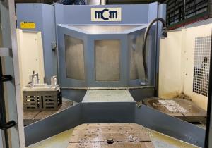 MCM CLOCK MP4 machining center year 2002