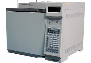 Agilent 6890 GC with ECD and Split/Split-less Inlet