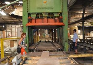 Becker 650 t Stamping press