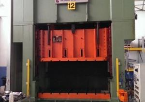 Guglielmo Colom Press  250 ton