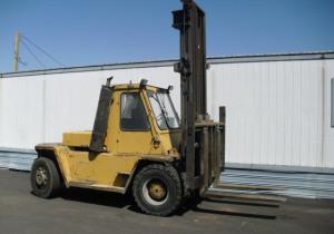 Caterpillar V250B Forklift