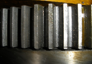 Gear grinding m 1250