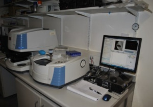Nicolet Thermo  FTIR with iN10m
