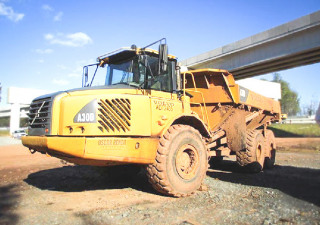 Online Auction of Heavy Equipment