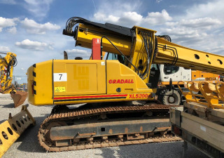 Gradall XL 5200 III