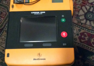 Medtronic Lifepak 1000 De
