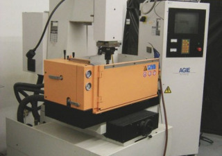 "AGIE MONDO II SINKER EDM W/ 3R TOOLING    NEW 1997  SPECIFICATIONS   TRAVELS     X = 11.81""     Y = 9.84"""