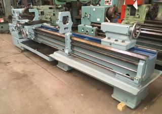 Torno Paralelo TOS Modelo SN55 550 x 3000 mm