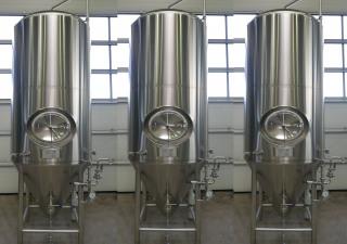 ZKG Tanks 2.800 liters  ZKG Tanks / Storage Tanks / Beer Tanks / Pressure Tanks  in V2A
