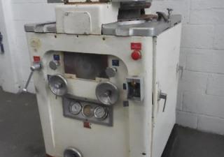 Stokes Model 540
