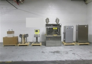 Fette Model 3200 61 Station Rotary Tablet Press