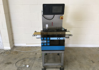 Optima CC2 checkweigher