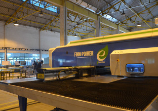 Poinçonneuse à tourelle Finn-Power E 5 Ui