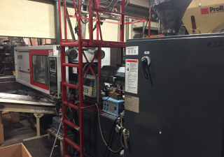 Milacron Mt225 26 Injection moulding machine