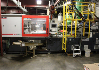 Milacron Servo MTS 225 Injection moulding machine
