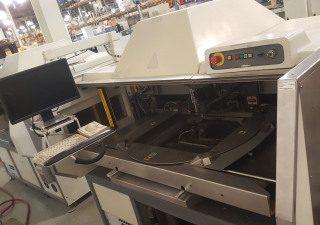 Universal  Radial 8 6389A Radial Insertion Machine (2000)