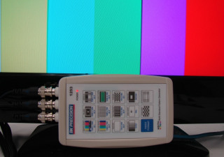 BK Precision 1253 Handheld HDTV Pattern Generator