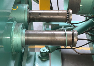 Roundo SF-2 Flanging machine 1500 x 6 mm