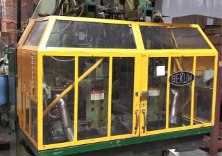 Bekum H-111 Blow Molding Machine