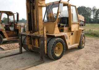 CAT V160B Forklift