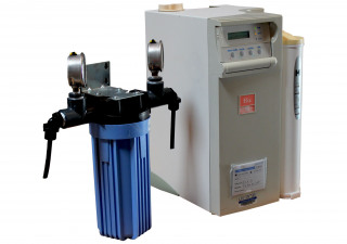 Millipore Elix 10 Water Purification System