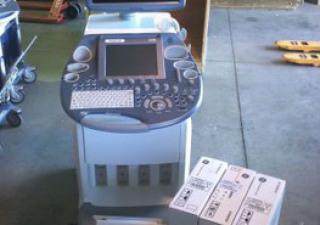 GE  Voluson E8 BT_13.5 Ultrasound System
