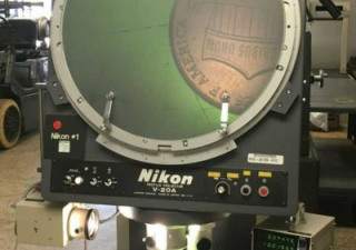 "Used 20"" NIKON V20A V-20A 12B Vertical Beam Optical Comparator"
