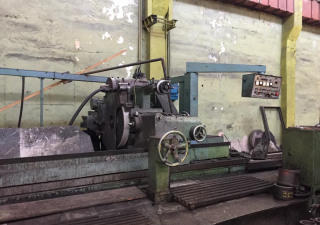 Cylindrical grinding machine 3M196