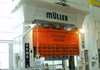 MÜLLER ZE 630-32.3.1 Hydraulic Double Column Drawing Press