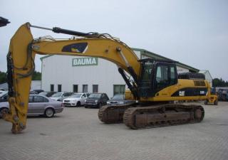 Caterpillar 330 D LN
