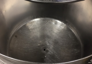 Stainless steel storage vessel with lid and side bottom outlet, 600 litre capacity